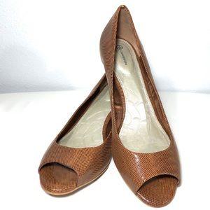 Giani Bernini Bronzed Vanilla Peep Toe Heels